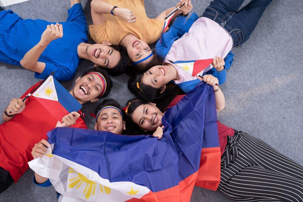 職場が明るくなる?フィリピン人の特徴をご紹介!