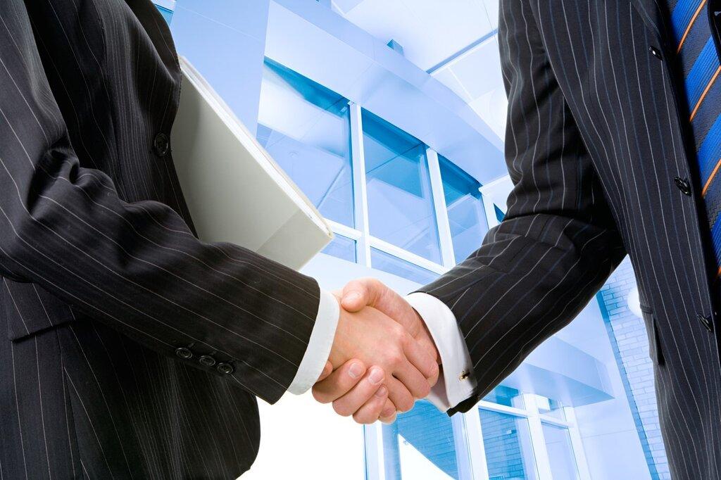 専門商社はどんな仕事をするのか?専門商社と総合商社の違いって何?