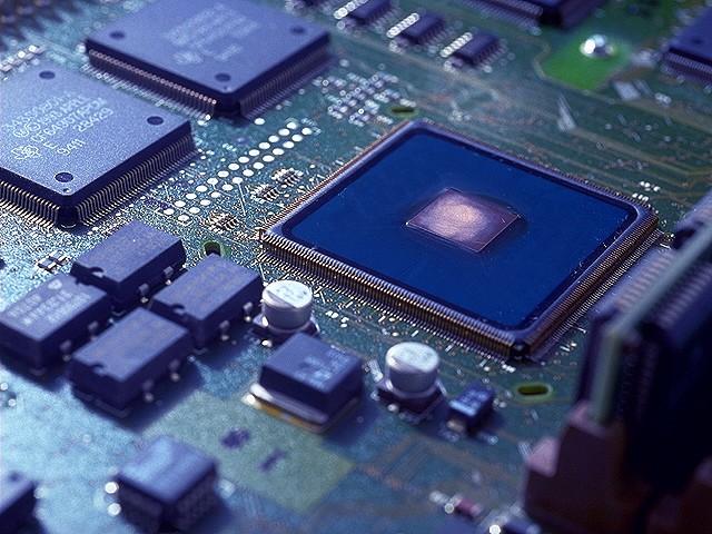 半導体製造の機械オペレーター業務とは?